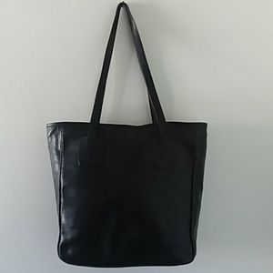 Leaders in leather shoulder bag